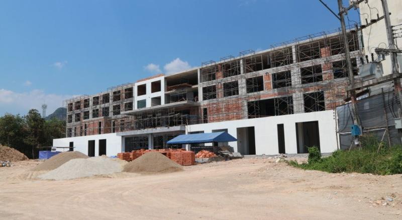 Baustelle des Wattanapat Hospital Ao Nang